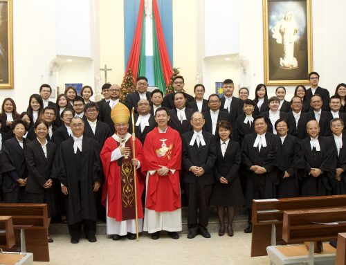 Archbishop Simon Poh celebrates Red Mass for the Legal Profession